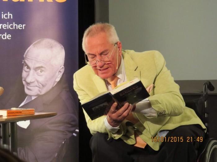 JM Lesung aus Buch Vortrag