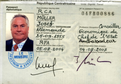 Diplomatenpass der Zentralafrikanischen Republik -  2004